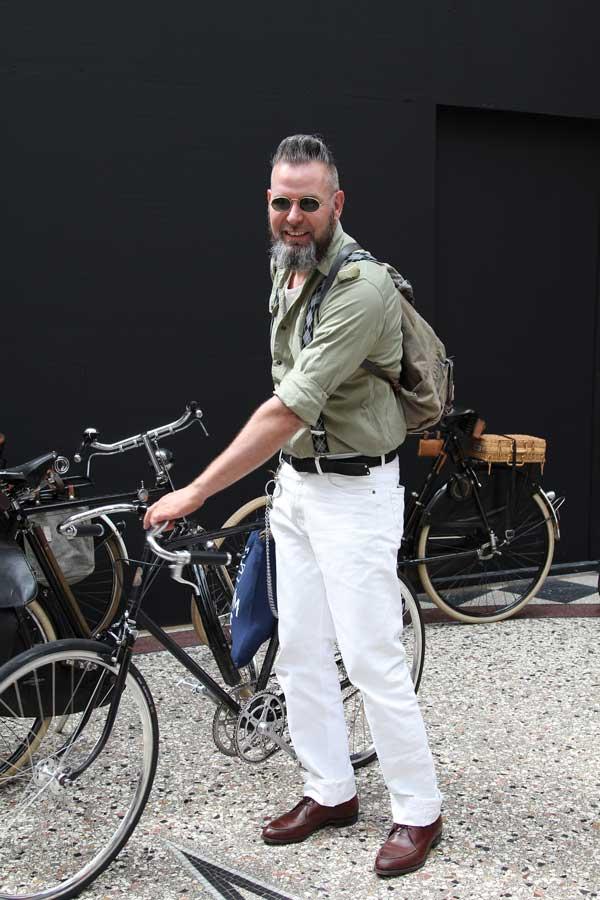 Tweed Ride 2014 in Den Haag >>
