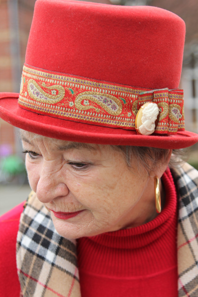 straatfotografie met hoed