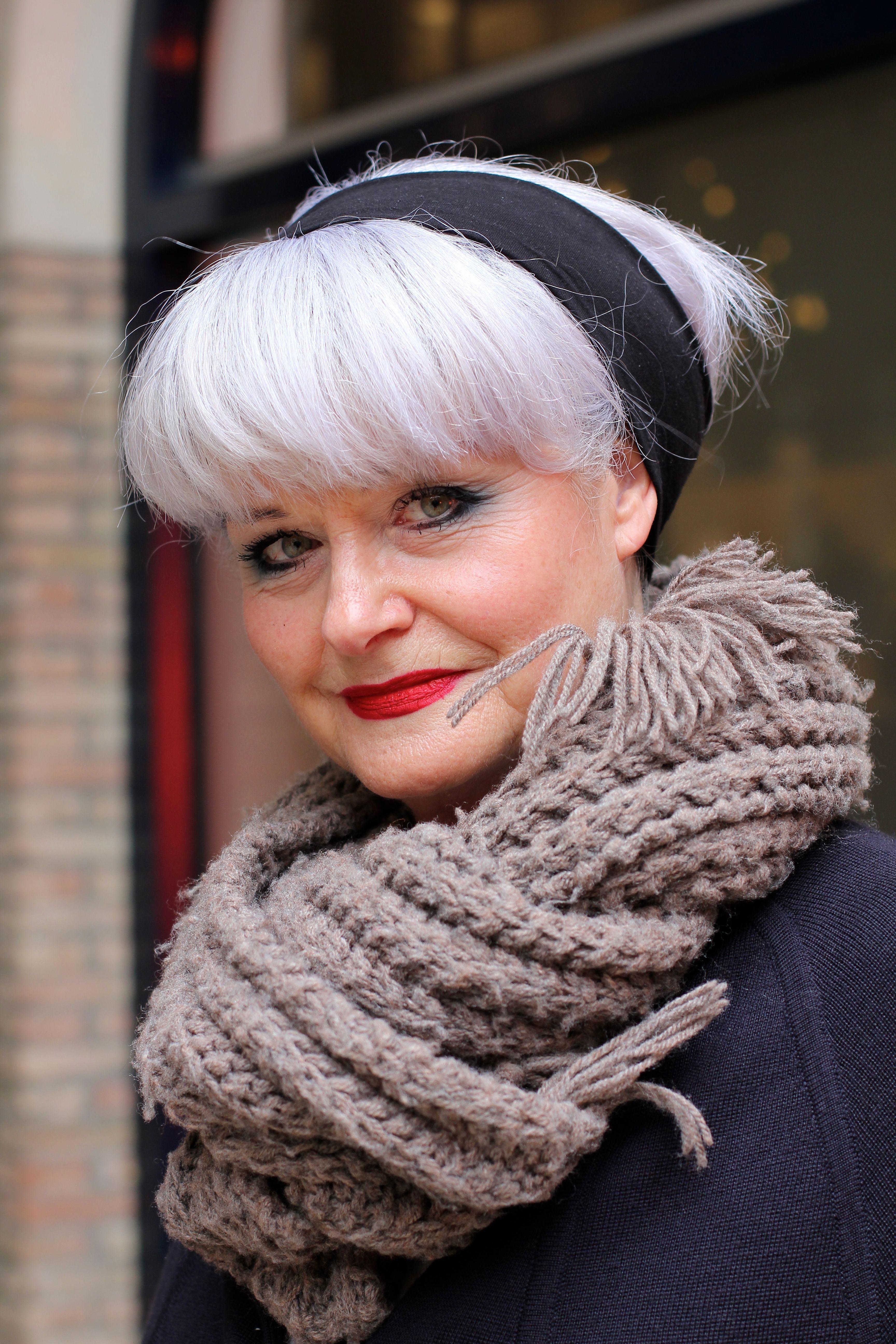 Kies je ook voor grijs haar ?| MisjaB.nl