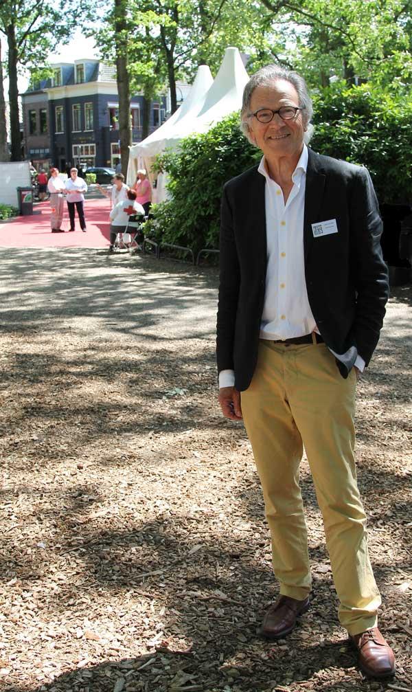 Peter van Strien