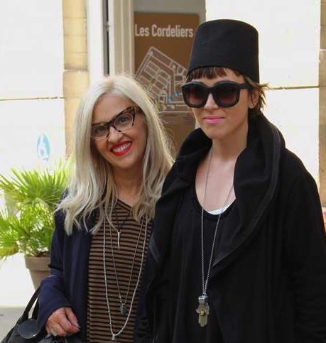 Ida Lotti uit Italië, met dochter Francesca  >>