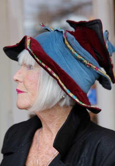 Ankie met hoed