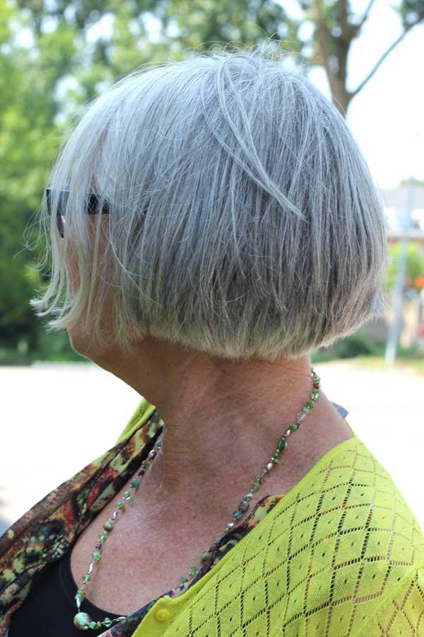 Kies je ook voor grijs haar |MisjaB.nl