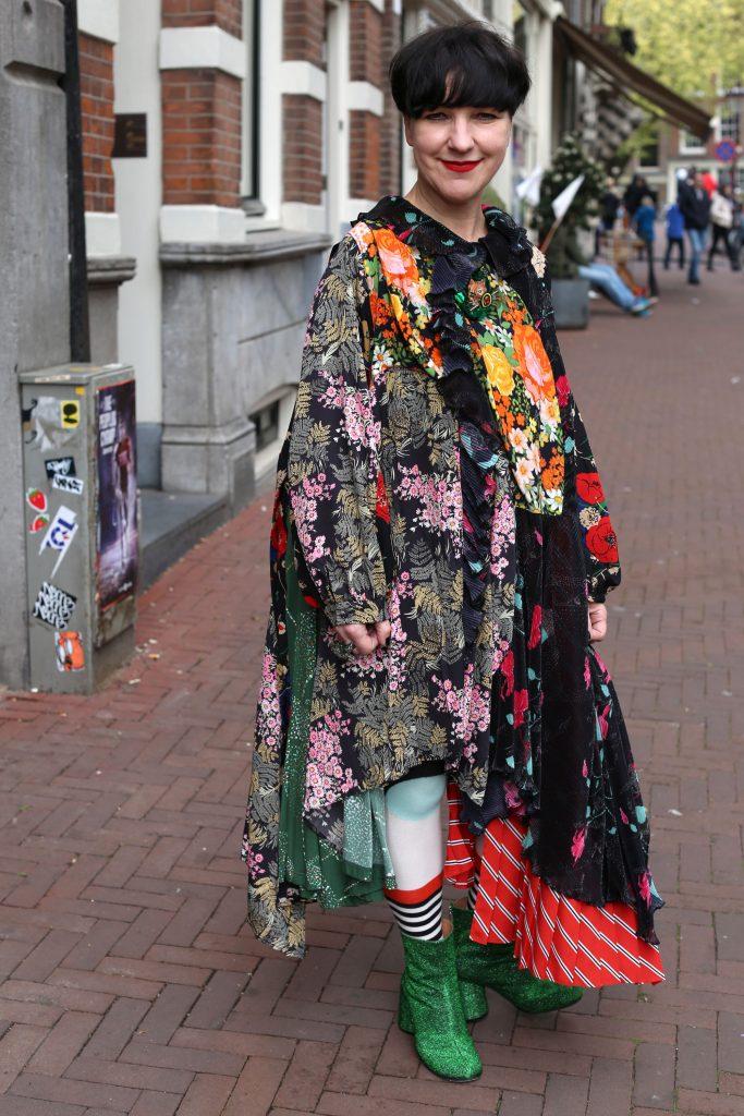 Feestje bij sieraden Galerie Rob Koudijs in Amsterdam