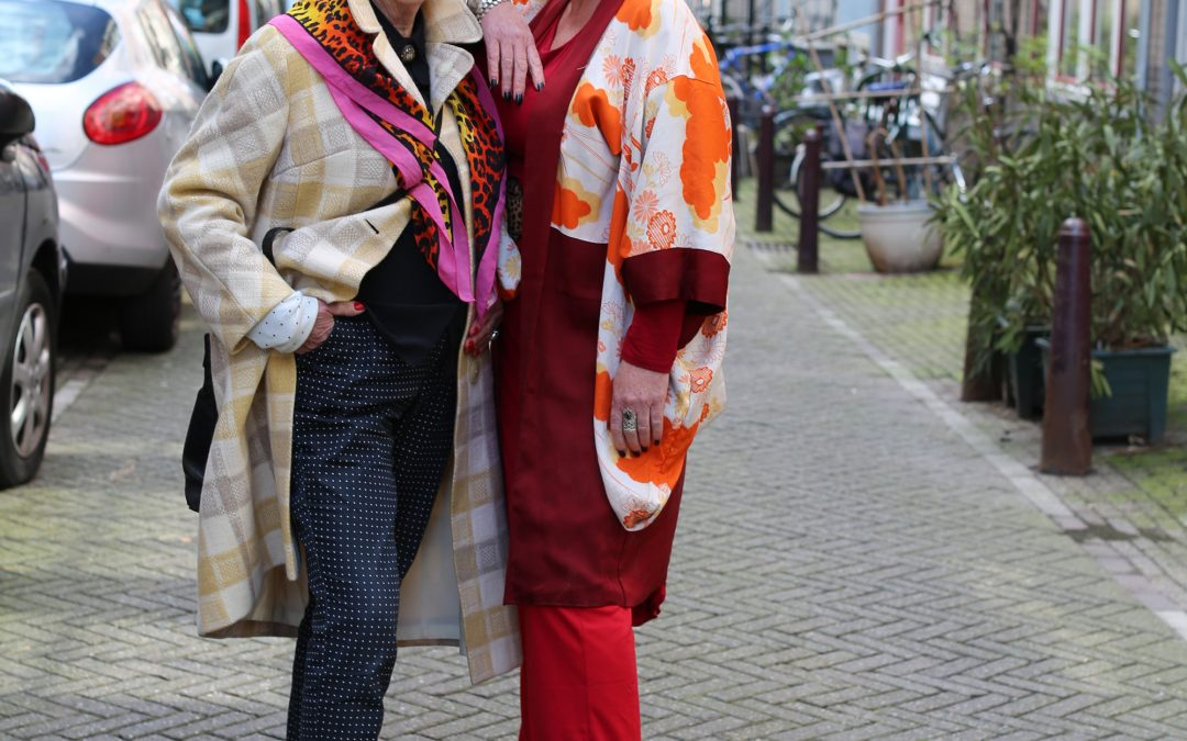 Two friends at the Noordermarket