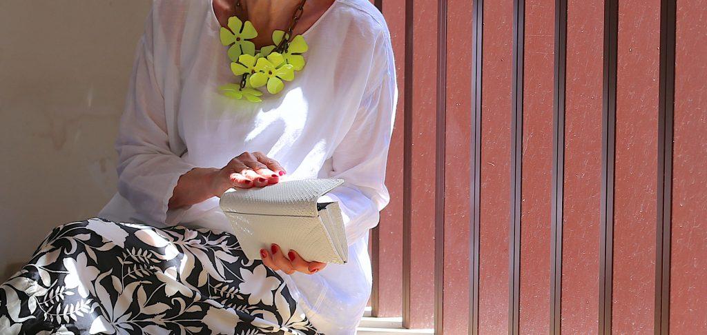 Van tasje tot ketting: de leukste accessoires voor de zomer