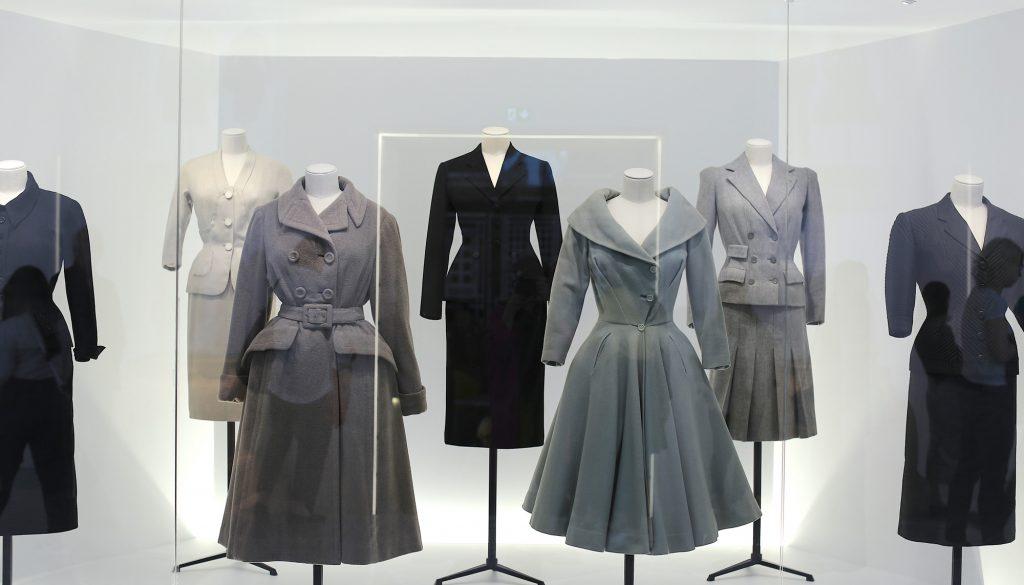 Dior tentoonstelling nu ook in Londen te zien